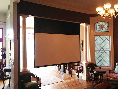 projector screen down